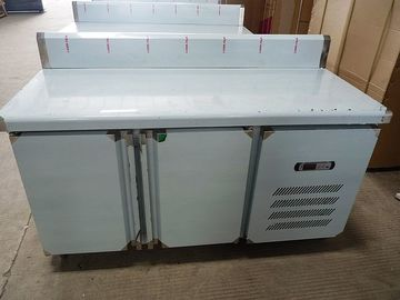 China Under Counter Double Door Commercial Workbench Refrigerator With Water Bar factory