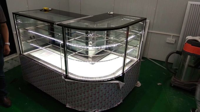 Danfoss Compressor Cake Display Freezer With Back Open Glass Door , Bakery Display Cases