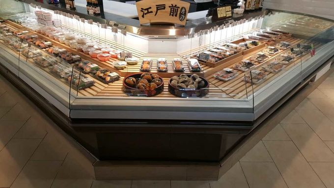 2 Meter / 3 Meter Commercial Fresh Meat Display Showcase With Glass Cover